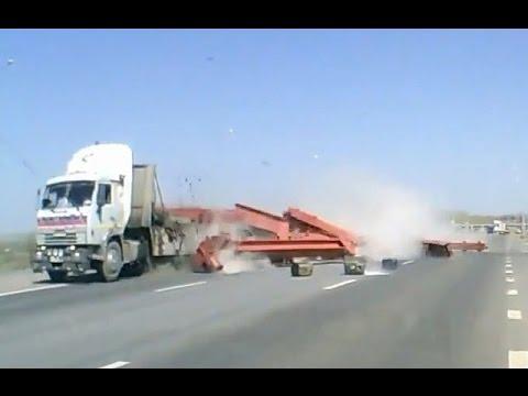 Внезапная разгрузка грузовиков, подборка дтп