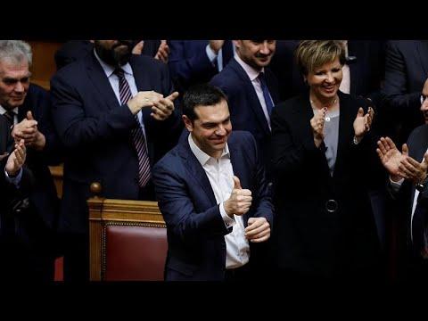 Griechenland: Tsipras gewinnt mit 151 von 300 Stimmen ...