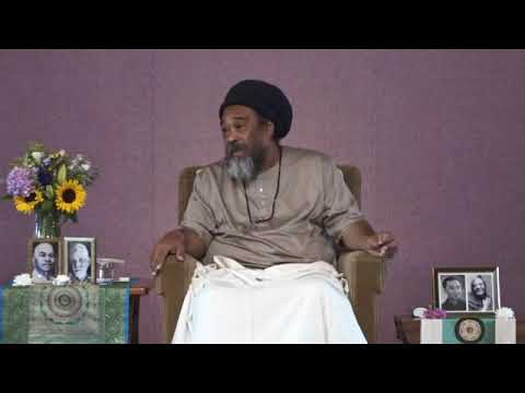 Mooji Video: What Is the Purpose of Coming to Satsang?