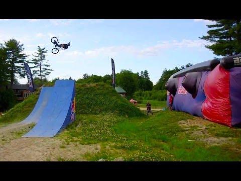 Slopestyle MTB training at Highland Mountain Bike Park (видео)
