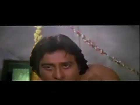 Video Copy of Madhuri Dixit And Vinod Khanna Hot Intimate Scene from movie Dayavan download in MP3, 3GP, MP4, WEBM, AVI, FLV January 2017