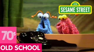 Video Sesame Street: The Martians Discover a Telephone MP3, 3GP, MP4, WEBM, AVI, FLV Februari 2019