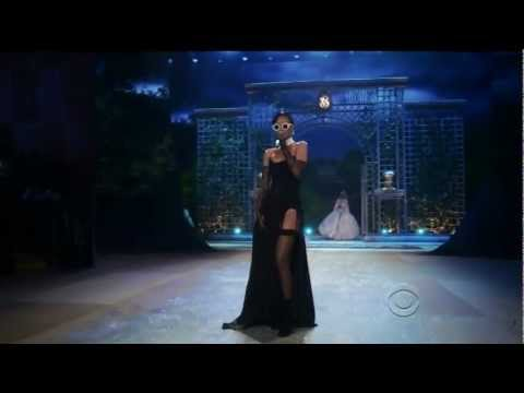 Rihanna - Diamonds Live Victoria's Secret Fashion Show 2012 1080p HD видео