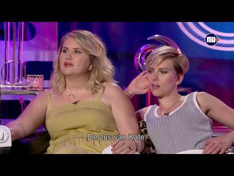 Scarlett Johansson speelt quiz over drugs, drank en collega
