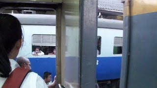 View From Train From Bangkok To Ayutthaya In Thailand (タイ バンコクからアユタヤまで電車からの車窓)