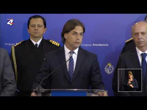 Poder Ejecutivo decretó Duelo Nacional los días lunes y martes por el asesinato de tres infantes de marina