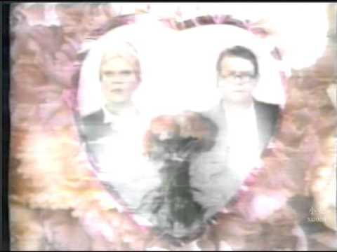 Elton John & Ru Paul - Don't Go Breaking My Heart (1993) Videoclip, Music Video