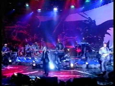 Massive Attack with Liz Frazer - Teardrop (live on Later '98)