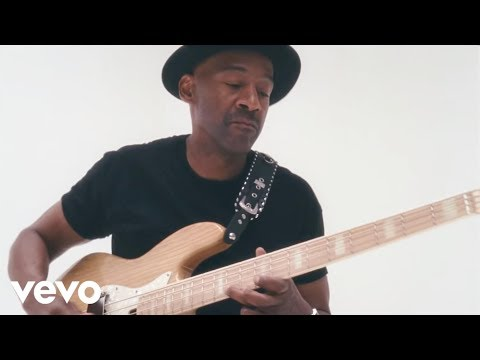 Marcus Miller – Que Sera Sera ft. Selah Sue