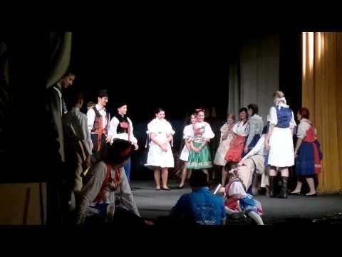 "2011 - Kultúrne vystúpenie ""Slnovrat"""