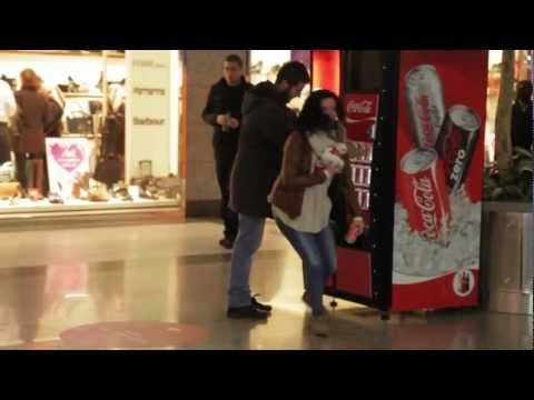 0 20 Interactive Vending Machines Campaigns