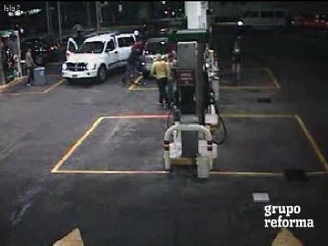 Robo en Gasolinera DF