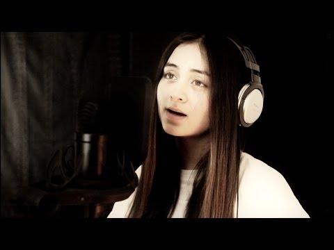 Tekst piosenki Jasmine Thompson - Everybody Hurts - R.E.M. po polsku