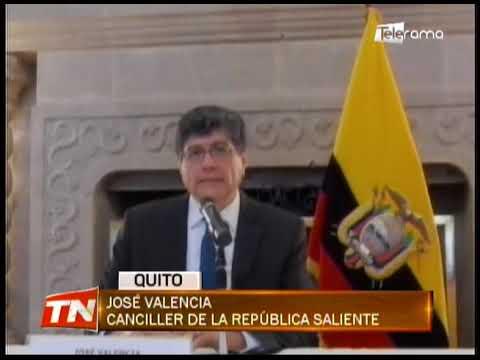 José Valencia renunció a su cargo como canciller de la república