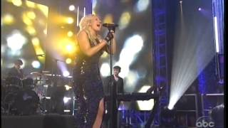 Ellie Goulding Lights Live New Year's Rockin' Eve 2013
