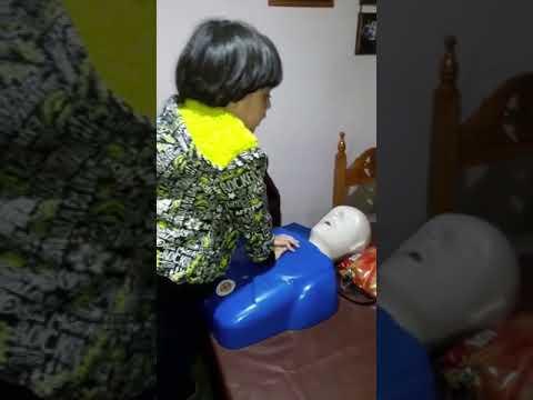 Aprendiendo RCP desde niños, jugando. Dra. Elisa Mercedes González