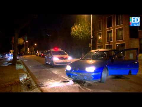 Mannen rammen auto en verkeersbord tijdens achtervolging in Eindhoven