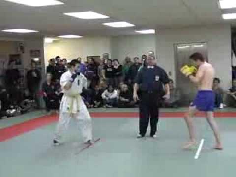 Kickboxing vs Karate - Steve Haigh vs Daisuke Maki