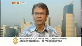 Indonesian Atheist, Alexander Aan, Given 2 1 2 Years In Prison For Debating Religion On Facebook