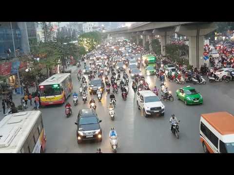 Hà Nội sắp cấm xe máy đường Nguyễn Trãi, Lê Văn Lương, người dân sẽ đi gì? - Thời lượng: 16 phút.