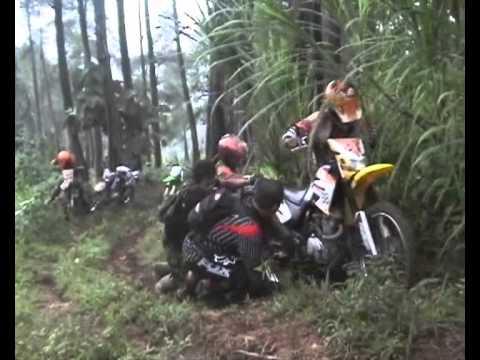 Video Adventure Komunitas Motor Trail Trenggalek  ( KOMET ) download in MP3, 3GP, MP4, WEBM, AVI, FLV January 2017