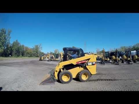 CATERPILLAR SKID STEER LOADERS 236D equipment video KX4zNfUWLGg