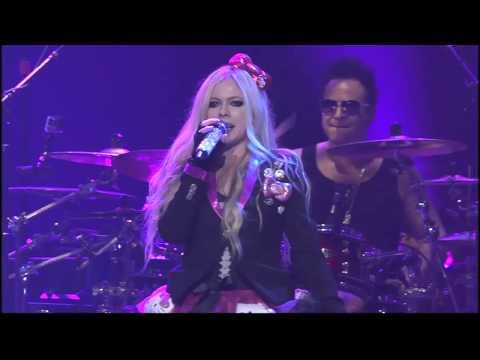 "Avril Lavigne performs ""Hello Kitty"" live at Casino Rama"
