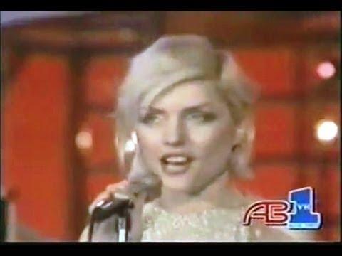 Tekst piosenki Blondie - One way or another po polsku
