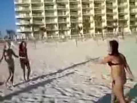Hot Chick Fight Girls in Bikini fight Spring Break