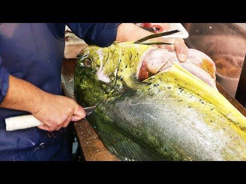 Japanese Street Food - GIANT MAHI MAHI FISH Japan Seafood (видео)