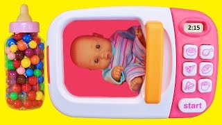 Learn colors video for babies toddlers preschoolers. Toy microwave magically transforms gumballs into surprise toys including baby doll and bottle, My Little Pony, Crossy Road, Doc McStuffins, Lion Guard, Disney Cars, Disney Frozen Anna.