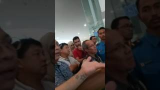 Video Inilah amarah para penumpang lionair yg delay smpe 5 smpai 6 jam MP3, 3GP, MP4, WEBM, AVI, FLV Desember 2018