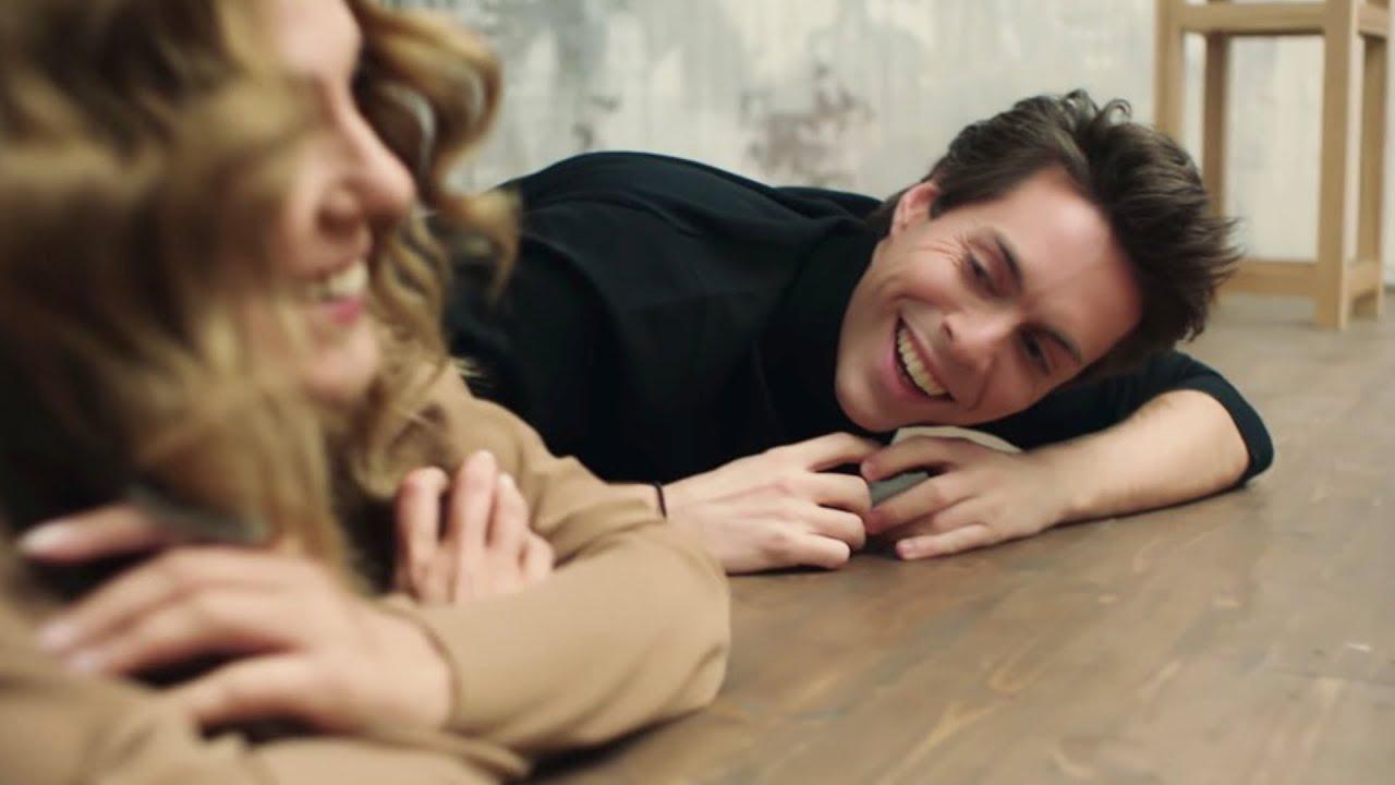 Сати Спивакова, Марк Тишман и клипмейкер Ирина Миронова впервые представят клип на песню «Моя Актриса» в апартаментах Louis Vuitton в ГУМе.