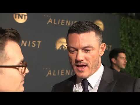 Luke Evans Interview with EW at the premiere of The Alienist in LA