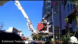 "Video TP 6 Terbakar, Dua ""Bronto Skylift"" Dikerahkan MP3, 3GP, MP4, WEBM, AVI, FLV April 2018"