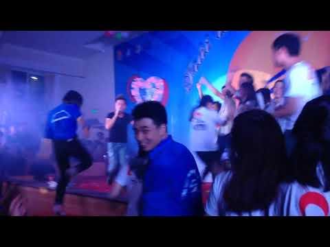 Anh Nhớ Em Người Yêu Cũ Remix Live Cháy Cùng Sinh Viên | Minh Vương M4U - Thời lượng: 4 phút, 11 giây.