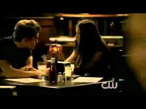 The Vampire Diaries 2X04 Stefan and Elena break up