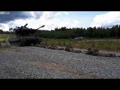 """Преодоление """"танкобоязни"""" в финской армии"""