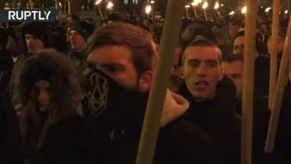 Бойцы «Азова» прошли маршем по Харькову