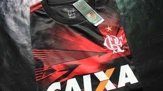 Camisa do Flamengo Camisa muito bem acabada apesar de algumas linhas soltas, nada que uma tesoura não resolva. Valor 19,00 Doletas Código de rastreio ...