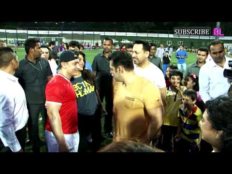 SALMAN - Charity Football Match With Aamir Khan and Salman Khan Part 1 1080i by http://www.bollywoodlife.com Biggies of B-town have come together for charity football...