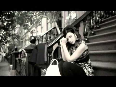 Ella No Soy - Laura Pausini (Video)