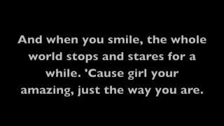 Video Just The Way You Are- Bruno Mars (Lyrics on Screen) MP3, 3GP, MP4, WEBM, AVI, FLV Mei 2019