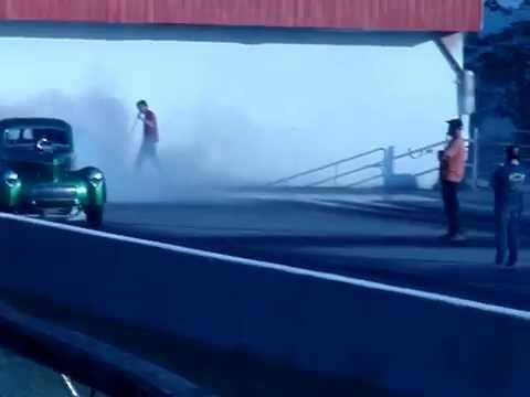 Willys Burn Out MOV03595