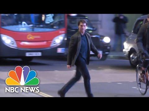 Σιγά μην πήγε να πατήσει λεωφορείο τον Τομ Κρουζ... (video)
