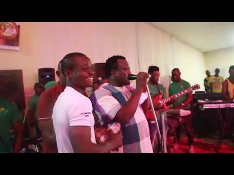 SEE HOW KING SAHEED OSUPA PERFORMS AT ABEOKUTA