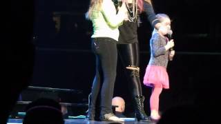 Let It Go, Demi Lovato ft. 2 little girls (Cleveland, OH 3/27/14) - YouTube