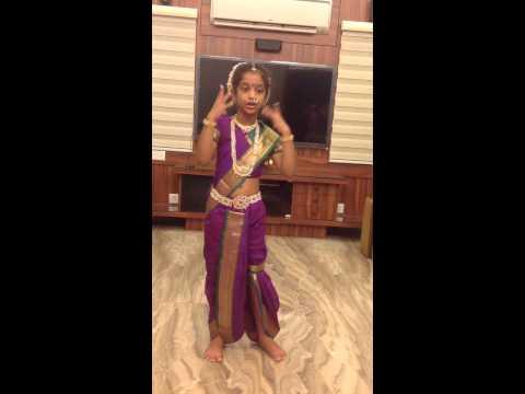 Moksha as madhuri dixit in a marathi attire for fancy dress competetion at school