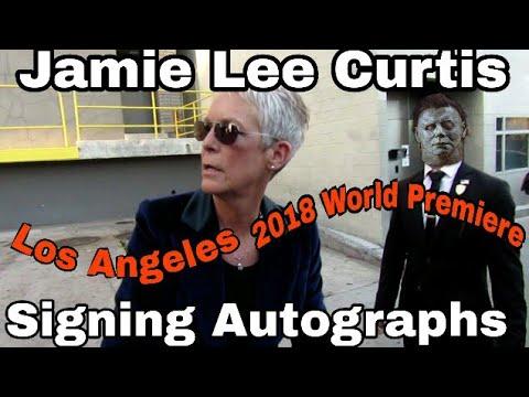 Halloween Movie Star Jamie Lee Curtis Signing Autographs Halloween Movie