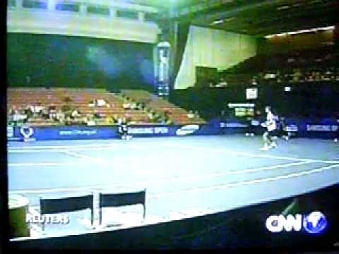 Goran Ivanisevic runs out of rackets!